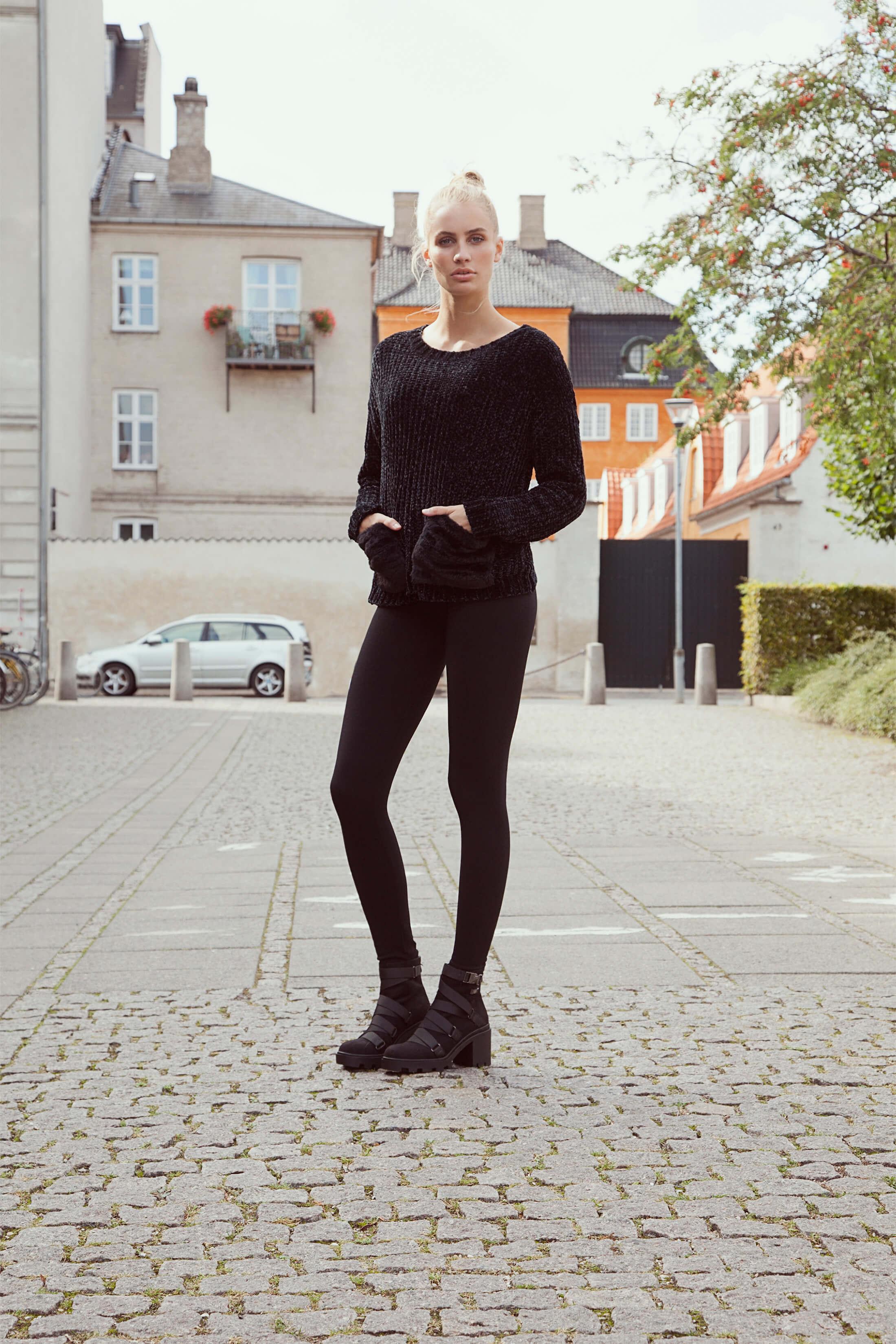 Soft pants, soft sweater – alt about softness!