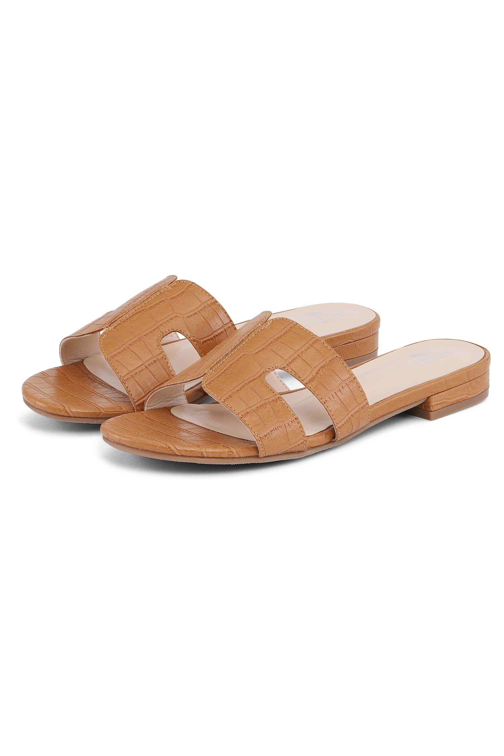Soft light-brown sandals