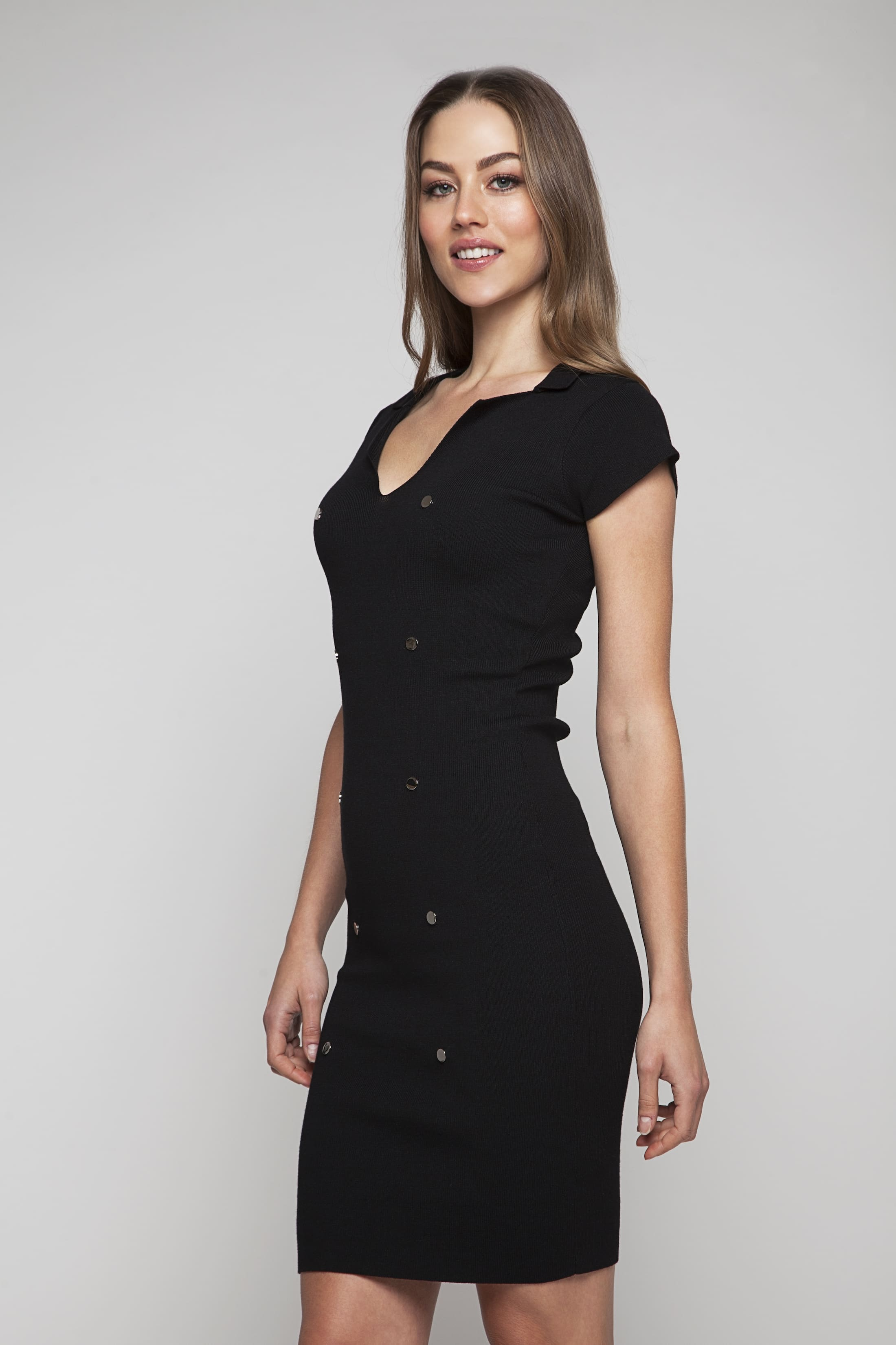 Black knitted dress with short sleeves