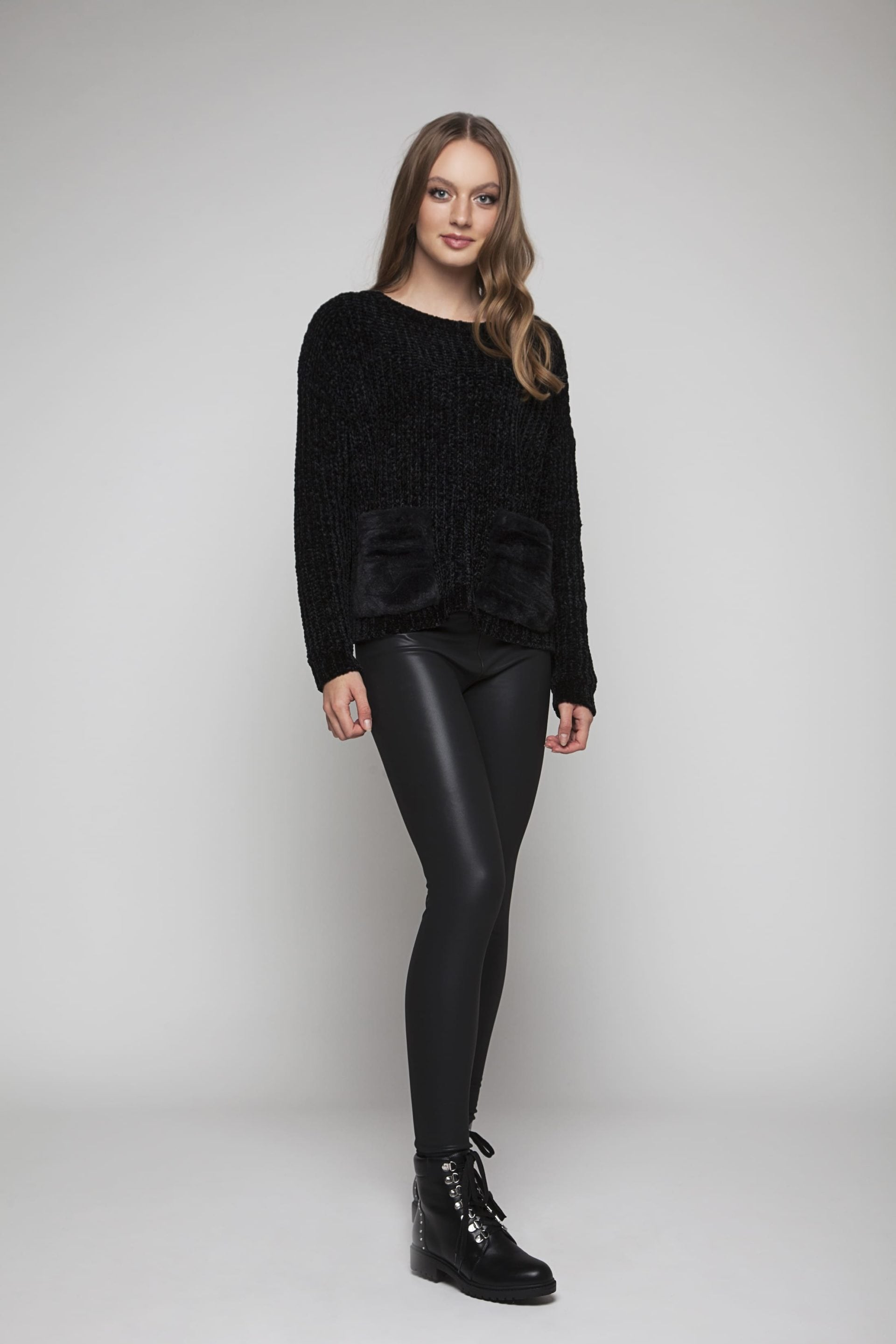 Leather look pants with extra soft lining