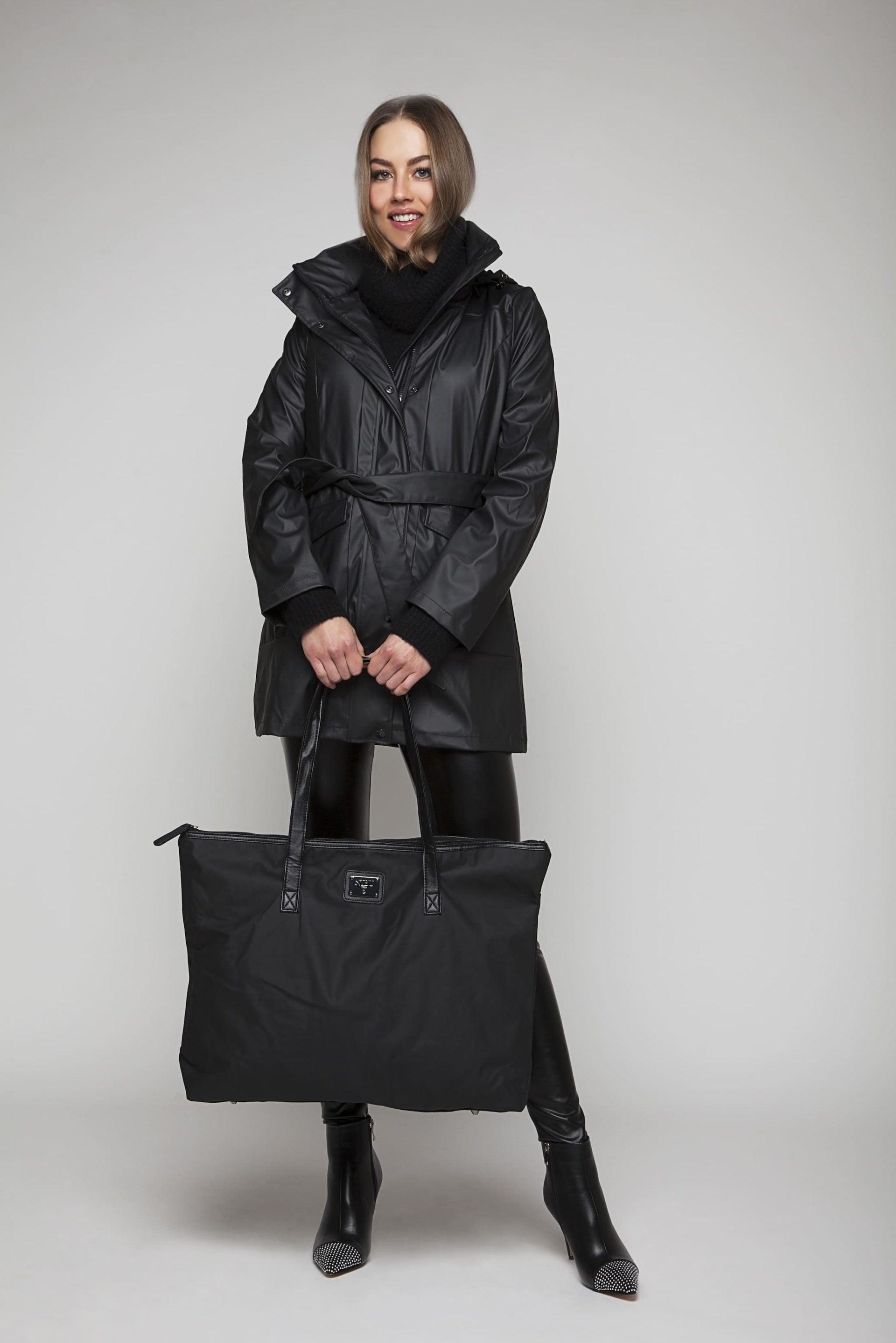 Waterproof bag in elegant design