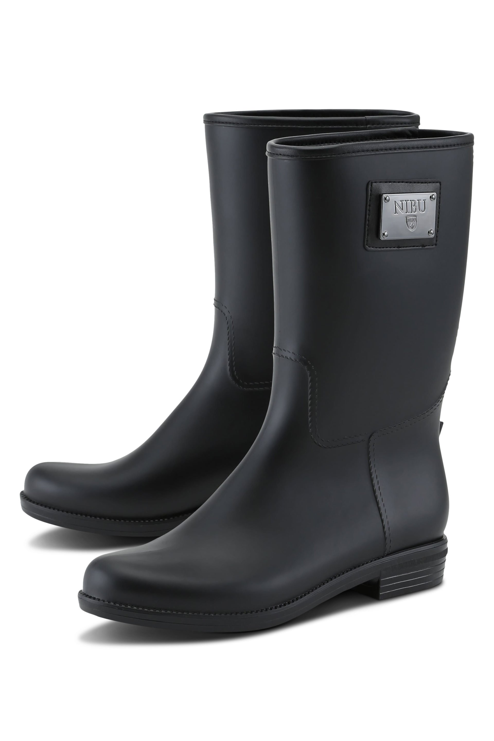 Short rainboots in matte black