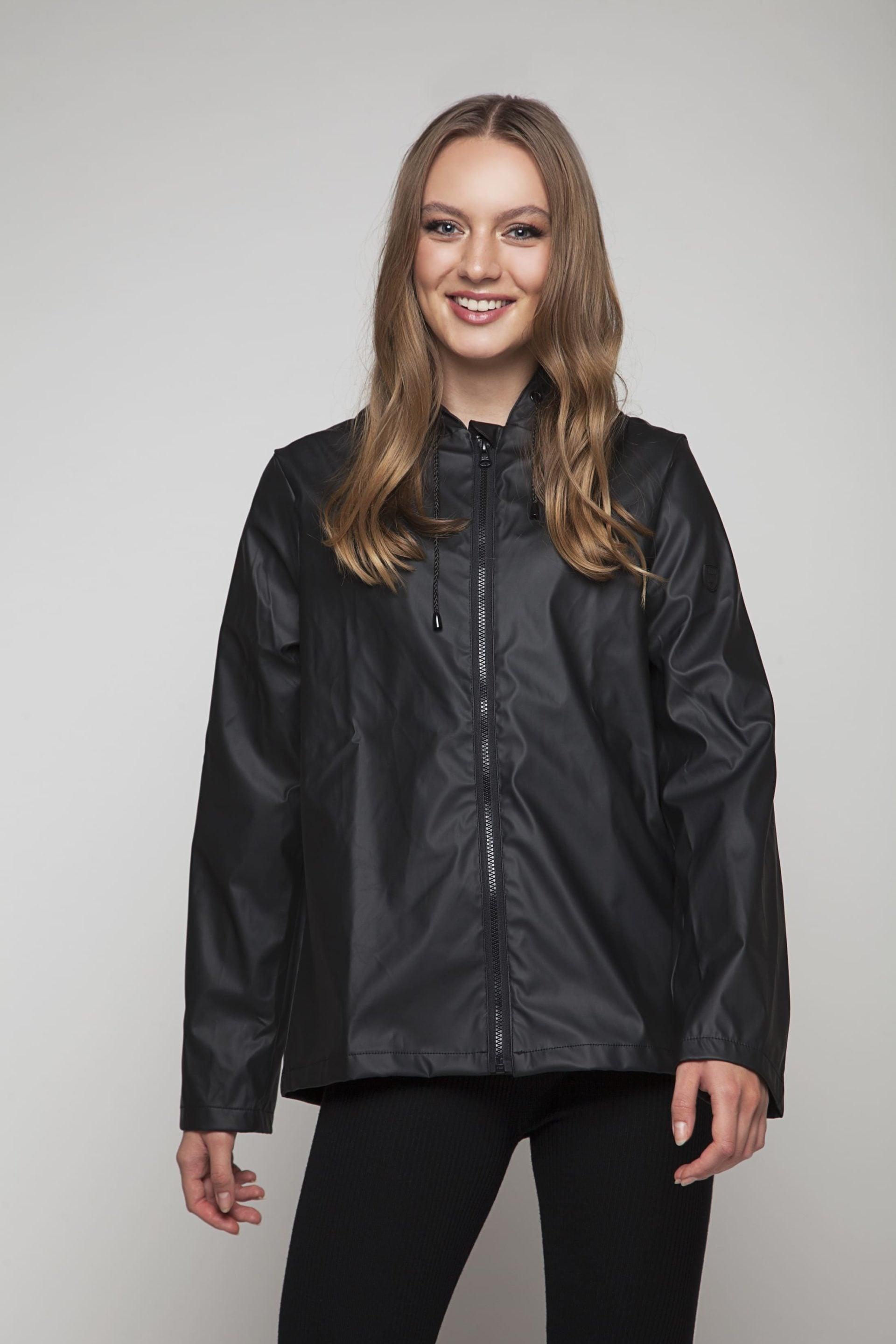 Short rainjacket