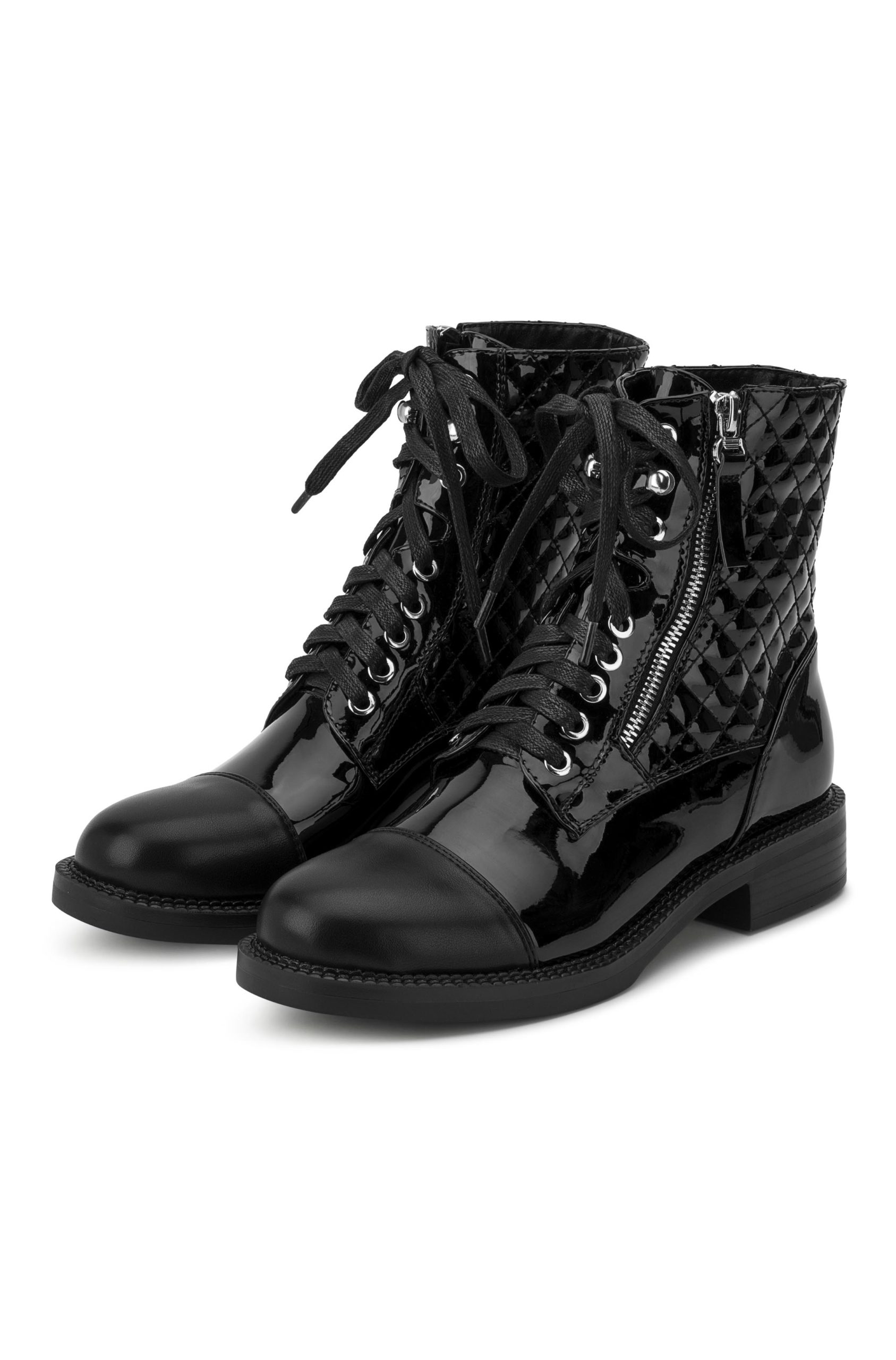 Ankleboots with silver details